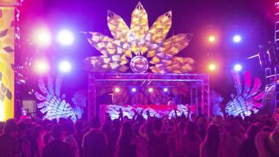 常夏の楽園に潜入!「CORONA SUNSETS MUSIC FESTIVAL」レポート