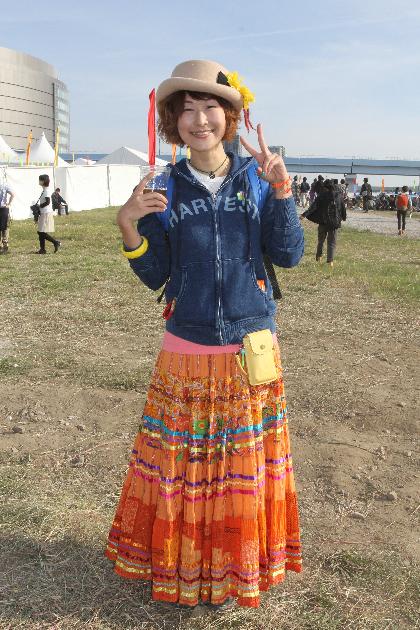 鮮やかなスカートがとっても印象的でした!