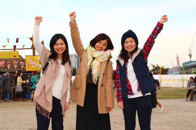 仲良し3人組でのフェス参加記念スナップ!