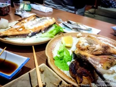 ▲美味しい肴と日本酒。話も盛り上がっていきます。