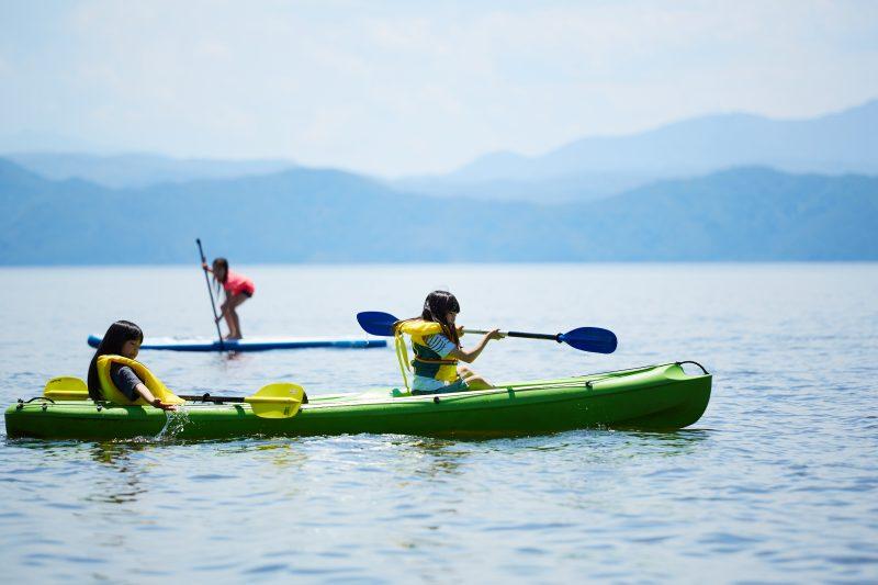 猪苗代湖でカヌー体験もできます!