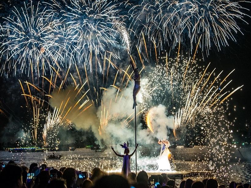 世界初の究極の未来型花火エンターテインメント「STAR ISLAND」に15,000人が参加